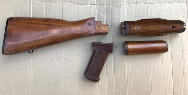 AK47 / AKM Schaftsatz aus Holz Original Russian